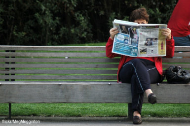 Women reading the newspaper
